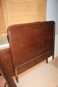 4 pc. ANTIQUE BED FRAME by North American Furniture Company