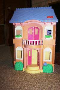 ***FISHER PRICE***REDUCED--LARGE FOLDING TWO FLOOR DOLL HOUSE
