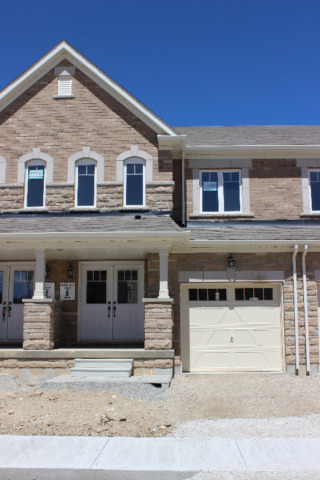 4 Bedroom Townhome  - Whole House for Lease/Rent in Brampton