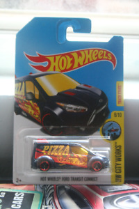 Hot Wheels - Treasure Hunt - Ford Transit Connect