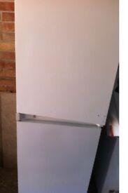 Intergral fridge freezer