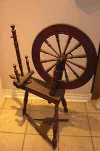 Spinning Wheel....antique