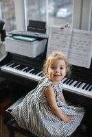 FUN KEYBOARD & PIANO LESSONS - ALL AGES