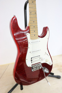 **GORGEOUS**Red Ashbury Electric Guitar