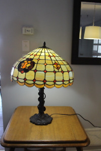 Silent Bidders ONLINE Auction - in Ajax Tiffany Style Lamp