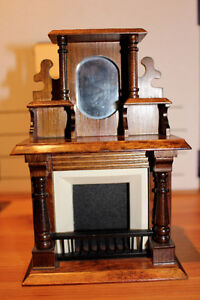 Dollhouse Fireplace / Hearth