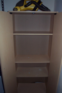 I have a cupboard for sale, 3 shelves, the measurements