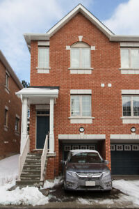 Luxury Townhouse-Available to Rent October 15 Richmond Hill