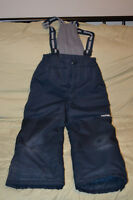 Boys Oshkosh size 7 snowpants