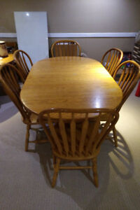 Oak Mennonite Kitchen Table + Chairs