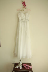 Strapless A-Line Chiffon Wedding Dress