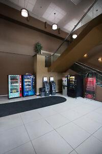 Price Negotiable - Short Term Rentals - Free Maid Service Edmonton Edmonton Area image 15