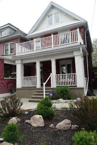 Open House: Amazing 2 bedroom with Parking, Laundry and Deck!