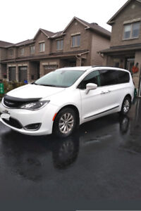 For Sale - 2017 White Chrysler Pacifica Touring L