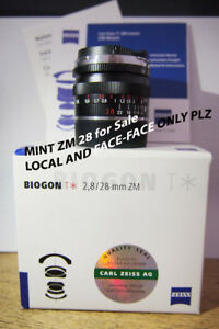 Zeiss ZM 28 2.8 in BOX in MINT CONDITION Leica M Mount