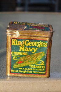 VINTAGE KING GEORGE'S CHEWING TOBACCO TIN
