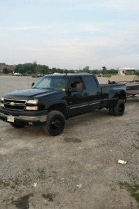WANTED  2001-2006 Chevy / GMC 3500 box