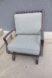 Set of 5 outdoor motion rocker chairs MUST SELL Moose Jaw Regina Area image 2