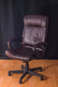 High Back Office Chair Turcotte Luxura (Like New)