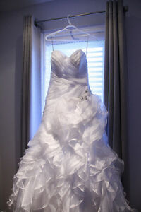 Beautiful Maggie Sottero Miri Wedding Dress for sale $700 OBO Windsor Region Ontario image 3