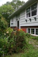 Beautiful Rural Fully-Renovated 3+ Bedroom Home in Falmouth