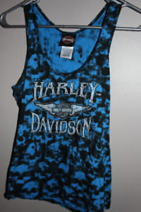 Ladies Harley T Shirts and tank tops. Size M