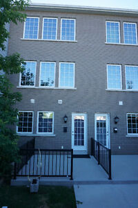 Bridgewater Forest - 1354 Sq Ft TownHouse-Style Condo  for Sale