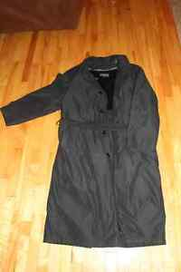 BEAUTIFUL (CHRISTIAN DUMAS) BLUE DRESS COAT LARGE!! Gatineau Ottawa / Gatineau Area image 1
