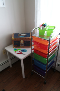 Loads of toys, games and books for kids