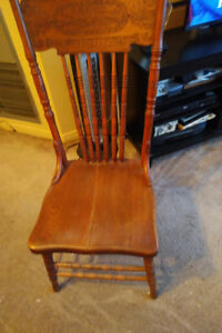 Solid Oak Canadiana Press Back Chairs set of 4
