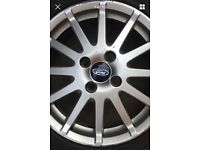 Ford 2 X Fiesta Zetec-s alloy wheels with tyres