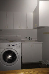 Laundry Cabinet Set : 5 Cabinets, Counter Top, Sink And Faucet