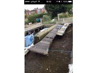 Pontoon jetty boat