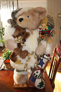 30 INCH CHRISTMAS BEAR - $65 Kingston Kingston Area image 1