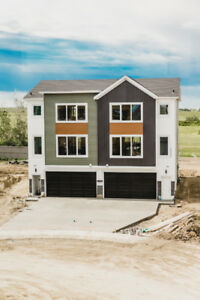 Brand New Duplex with Huge 4 car garage for sale!
