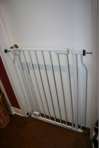Rock Solid Metal Safety Gate. Very good quality.