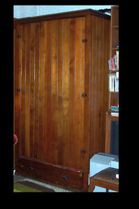 ANTIQUE SOLID WOOD COUNTRY RUSTIC WARDROBE CABINET