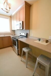 Move in Bonus on this beautiful renovated 2 bdr suite - Nov 1st