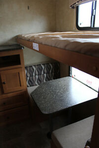 2013 CRUISER RV SHADOW CRUISER S280BQS London Ontario image 10
