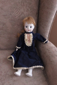 """Porcelain Doll 18"""" Toy & Music Box : plays """"Close to You"""""""