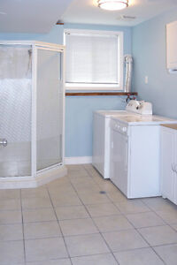 Renovated 2 Bedroom Walkout Unit available Nov 1 or 15, or Dec 1 Kitchener / Waterloo Kitchener Area image 8