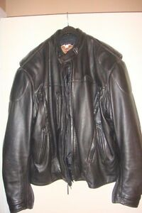 HARLEY DAVIDSON WOMENS LEATHER JACKETS, LIKE NEW