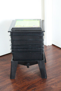 Worm Factory 360 Vermiculture Bin With Additional Trays