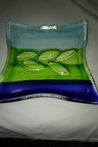 Decorative stained glass plate