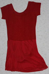 Short-sleeved red skating dress for a teenager Kitchener / Waterloo Kitchener Area image 2