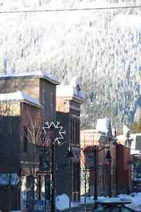 Selkirk Students ~ HOMESTAY in The West Kootenays, Rossland BC