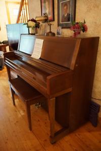 Piano Wurlitzer modèle 2950 - Année 1977 !!!