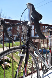 Trek 1200 - vélo de route