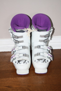 Junior Nordica 4 Buckle Ski Boots