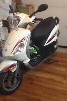 scooter 1800$ piaggio fly 50 2012